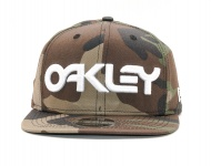 OAKLEY Mark II Novelty New Era Snap Back, Core Camo