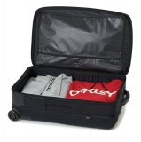 Kufr Oakley Icon Medium Trolley, Blackout OS