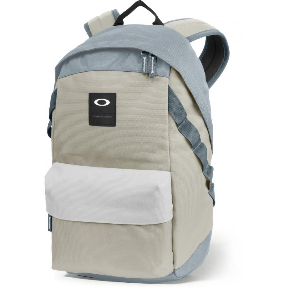 Batoh OAKLEY Holbrook 20l Backpack, Stone Gray, 921013-22Y